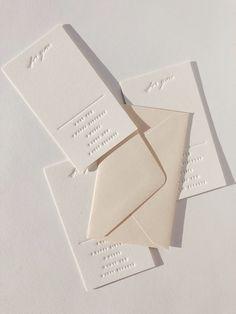 Wedding Ceremony Ideas, Decor Wedding, Simple Wedding Cards, Simple Weddings, Wedding Stationary, Wedding Invitation Cards, Letterpress Wedding Invitations, Modern Wedding Stationery, Invites