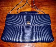 Navy Blue Leather Cross Body Purse Vintage by NonisEclecticShop #vintagehandbag #vintagepurse #navyleatherpurse #crossbodypurse #envelopepurse #leatherpurse #leatherhandbag #blueleatherpurse