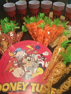 Looney Tunes Party - Fill Carrots With Orange M&m Or Jelly Intended For Baby Looney Tunes Party Decorations - Best Home Decor Ideas Looney Tunes Party, Baby Looney Tunes, Bunny Birthday, Baby Boy 1st Birthday, 1st Birthday Party Supplies, 1st Birthday Parties, Baby Shower Parties, Baby Shower Themes, Shower Ideas