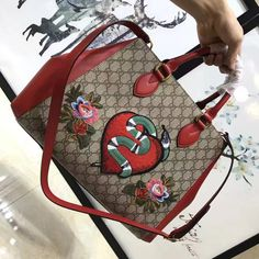 9615cb29986 Gucci Embroidered Snake GG Supreme Top Handle Large Bag 453704 2017 Gucci  Snake Bag