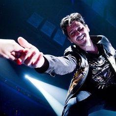 Jonathan Knight ~New Kids on the Block~ Jonathan Knight, Danny Wood, Joey Mcintyre, Donnie Wahlberg, Jordan Knight, Jordans Girls, All Things New, Block Party, New Kids