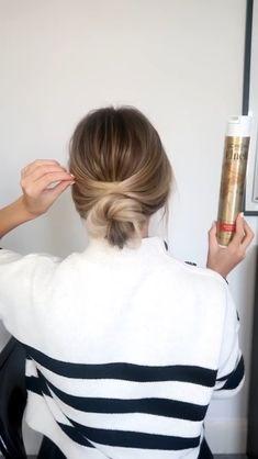Easy Hairstyles For Thick Hair, Work Hairstyles, Hair Upstyles, Bridesmaid Hair, Hair Videos, Hair Looks, Hair Inspiration, Hair Makeup, Hair Cuts