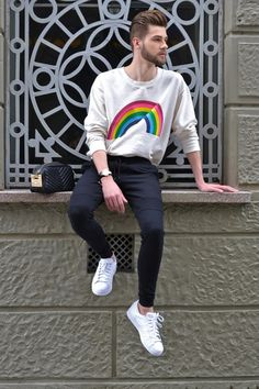 ootd, style, fashion, outfit, male, look do dia, moda masculina, bota, cabelo masculino, tricot, hoodie, moletom, arco-íris, adidas, superstar, tênis branco