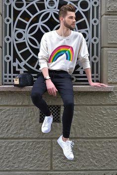 ootd, style, fashion, outfit, male, look do dia, moda masculina, bota, cabelo masculino, tricot, hoodie, moletom, arco-íris, adidas, superstar, tênis branco