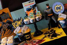 Cool Batman dessert table