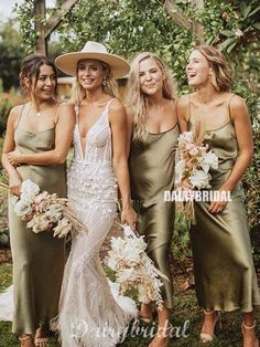 Top 10 Bridesmaid Dresses Trends and Colors sage green silk slip bridesmaid dresses<br> The modern bride's search for a unique look brings with it bold trends that go against tradition for her bridal party. We love how bridesmaid dress trends for Slip Bridesmaids Dresses, Bridesmaid Dress Colors, Wedding Bridesmaids, Wedding Dresses, 3 Bridesmaids Pictures, Bridesmaid Dresses Sage Green, Vintage Bridesmaid Dresses, Bridal Party Dresses, Bride Maid Dresses