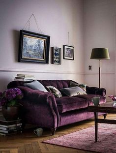 Choosing a purple sofa over a traditional neutral can definitely make a splash in your living room. Here are some tips to decorate your living room with a purple sofa. Living Room Colors, Living Room Designs, Living Spaces, Living Rooms, Living Room Decor Purple, Deco Violet, Purple Furniture, Furniture Ideas, Home Furniture