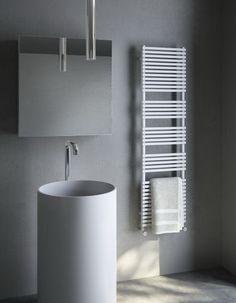 Bath Lo Scaldasalviette Di Antrax Personalizzabili In Tutti I Colori Ral E Nella Versione Cromata The Towel Warmer By Which Can Be Customized