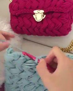 Häkelstunde Serie # 97 - Crochet and Knitting Crochet Bag Tutorials, Crochet Purse Patterns, Crochet Basket Pattern, Crochet Videos, Crochet Crafts, Diy Crafts, Crochet Handbags, Crochet Purses, Free Crochet Bag