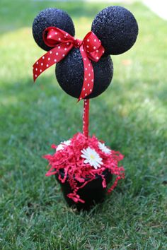 Minnie Mouse Birthday Centerpiece by BlueBirdsblush on Etsy
