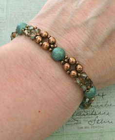 Linda's Crafty Inspirations: Bracelet of the Day: Diamond Chain - Suede Green