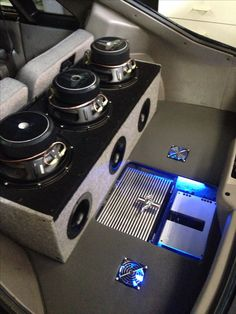 90 mustang three 10w6 JL audio subs with soundstream amps