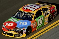 Kyle Busch Joe Gibbs Racing | Kyle Busch drives the familiar No. 18 M&M's Toyota for Joe Gibbs ...