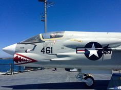 We should have taken notes, no idea which plane this is #LosAngeles #USSMidway #California #USA #RTW #JulesVernex2