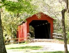 sandy creek covered bridge in Missouri