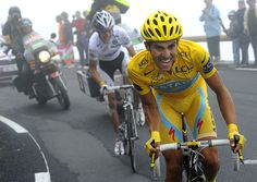 Alberto Contador vs. Andy Schleck on 17th stage of Tour de France 2010