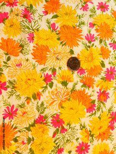 2 Yard Length Vibrant Floral Vintage Fabric by TreasureBeachDolls, $7.50
