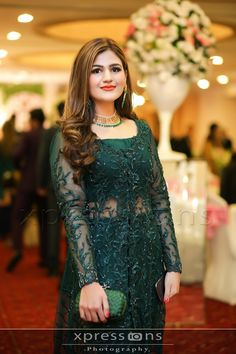 Lovely Girl Picture (With images) Pakistani Fashion Party Wear, Pakistani Wedding Outfits, Indian Bridal Fashion, Pakistani Dress Design, Pakistani Designers, Shadi Dresses, Indian Gowns Dresses, Pakistani Dresses, Bridal Dresses