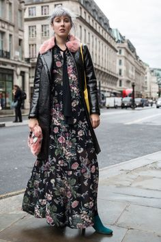 These are the Top London Fashion Week Spring 2017 Street Style Looks…