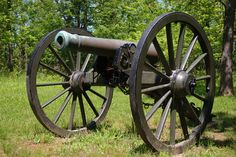Artillery was widely used in battles during the Civil War. Artillery guns ranged from 6-pounders to 20-pounders. However, the most popular was the 12-pound Napoleon smooth-bore cannon because of its killing power and reliability