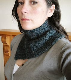Mythral neck warmer by Wei S. Leong - free knitting pattern using two skeins of Stansborough Mythral yarn to create this textured cowl