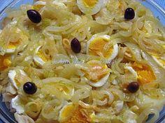 Bacalhau+à+Margarida+da+Praça. Cod Recipes, Other Recipes, Fish Recipes, Snack Recipes, Cooking Recipes, Healthy Recipes, Bacalhau Recipes, Brazilian Dishes, Appetizers