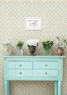 Kaunista kotiasi kukkatapetilla | Meillä kotona