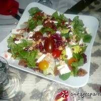 Σαλάτα με ρόκα, ρόδι και μέλι Cobb Salad, Food, Almond, Essen, Meals, Yemek, Eten