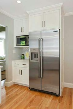 Rearrange your kitchen refrigerator cabinet . It's similar to getting a brand new piece to get a room that you shopped in your own home. Kitchen Pantry Cabinets, Modern Kitchen Cabinets, Modern Farmhouse Kitchens, Home Kitchens, Kitchen Modern, Kitchen Cabinets To Ceiling, Retro Kitchens, Farmhouse Sinks, White Farmhouse