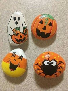 70 Favorite Rock Art Design Ideas Perfect For Beginners - Rock Kunst - halloween crafts Rock Painting Patterns, Rock Painting Ideas Easy, Rock Painting Designs, Paint Designs, Stone Crafts, Rock Crafts, Fall Crafts, Pebble Painting, Pebble Art