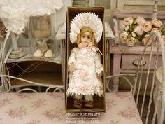 Atelier de Léa (@atelier.miniature) • Photos et vidéos Instagram Doll, Photos, Instagram, Dresses, Miniature Dolls, Vintage Dolls, Atelier, Pictures, Vestidos