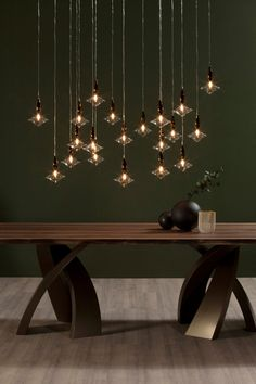 Hanging lamps: one, or more units. Find your favourite version and finishing here.