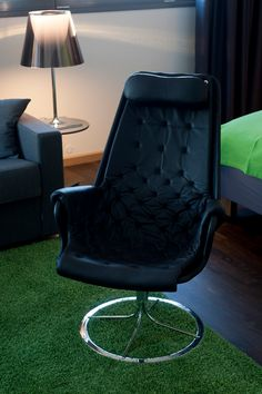 Leather Chair - Comfort Hotel® RunWay