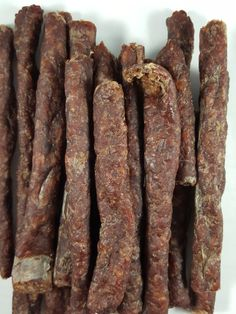 The Meat Empire – Traditional 100% grass-fed beef droëwors review. http://jerkyingredients.com/2017/01/24/meat-empire-traditional-beef-droewors/ @themeatempire #themeatempire #beefjerky #review #food #jerky #ingredients #jerkyingredients #jerkyreview #beef #paleo #paleofood #snack #protein #snackfood #foodreview #droewors #southafrica #grassfedbeef #grassfed