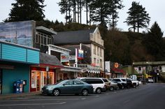 Things to do and places to see in the one-of-a-kind city on the central Oregon coast. Oregon Vacation, Oregon Road Trip, Oregon Travel, Travel Usa, Newport Oregon, Oregon Living, Scenic Photography, Night Photography, Landscape Photography
