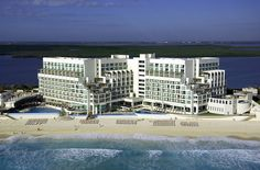 All-inclusive honeymoon resort in Cancun Mexico | Sun Palace