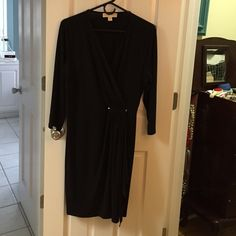 New MK dress size L Brand new dress. U bought it for my mom. She took the tags off and can't find them. Didn't fit her. But this is brand new!!! Michael Kors Dresses Maxi