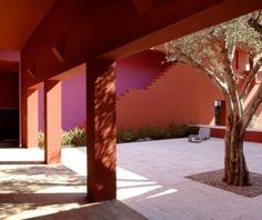 Legorreta CASASOTOGRANDE Sevilla, España - patio
