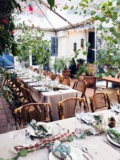 Build-As-You-Go Patio Dinner Party