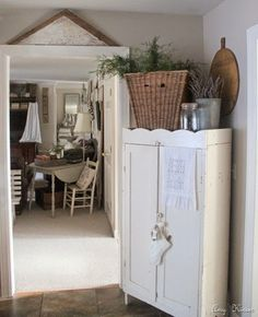 Would love to add legs and a top surround to my cabinet before I paint it and move it to the dining room Cottage Design, Cottage Style, Shabby Cottage, Shabby Chic, Country Decor, Rustic Decor, Armoire, Farmhouse Chic, Home Decor Inspiration