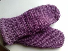 Ravelry: Cherub Aran Hat & Bootie Set pattern by Tanis Gray Knitting Videos, Knitting Stitches, Knitting Patterns Free, Knit Patterns, Baby Knitting, Free Knitting, Aran Weight Yarn, Shoe Pattern, Digital Pattern