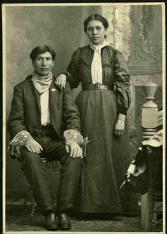 SISSETON COUPLE , circa 1905