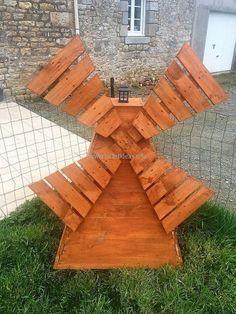 pallets garden art