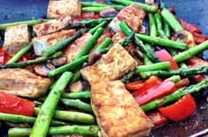 You searched for Sweet chili tofu stir fry — My Healthy Dish Healthy Dishes, Healthy Foods To Eat, Healthy Eating, Tofu Recipes, Vegetarian Recipes, Healthy Recipes, Asian Recipes, Stir Fry Ingredients, Vegetarian Lettuce Wraps