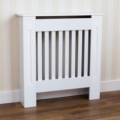Home Discount offers this stunning new product with a modern stylish design, the Chelsea Radiator Cover, White, Medium. This radiator cover has a beautifully crafted white finish. Not only is this product perfect for covering your radiator, but it look Custom Radiator Covers, Modern Radiator Cover, Home Radiators, Black Radiators, Mdf Cabinets, Wooden Cabinets, Painted Radiator, Radiator Cover, Cover
