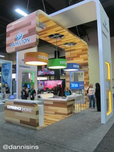 Great interactive open-concept booth design.