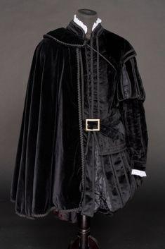 Peris Costumes Co Elizabethan Costume, Renaissance Costume, Medieval Costume, Renaissance Fashion, Medieval Gown, Historical Costume, Historical Clothing, Blue Exorcist Mephisto, Moda Medieval