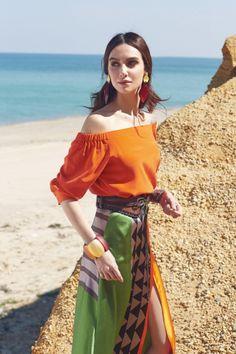 Birce Akalay- Elele Turkey /April,2016/ Photographer:Deniz Özgün Turkish Beauty, Turkish Fashion, Getting Divorced, Turkish Actors, Celebs, Celebrities, Actors & Actresses, Off Shoulder Blouse, Womens Fashion