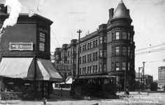 The intersection of Clark, Broadway and Diversey, c.1905, Chicago.   Note the sign on the building to the left pointing to Riverview Amusement Park…