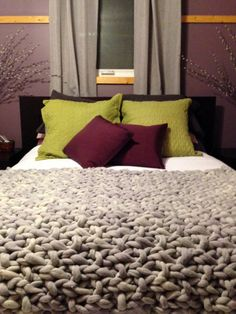 Super Soft Chunky Wool Blanket other color options par HobbyFelt, $395.00